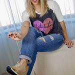 Look do dia: jeans, camiseta e sneaker